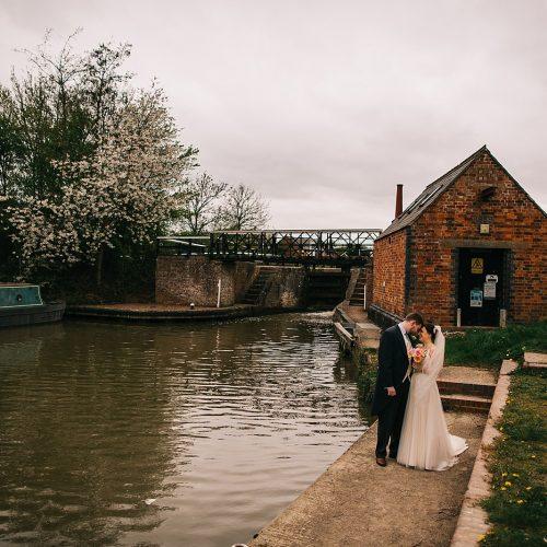 grace-josh-wedding-blisworth-the walnut-tree-inn-371