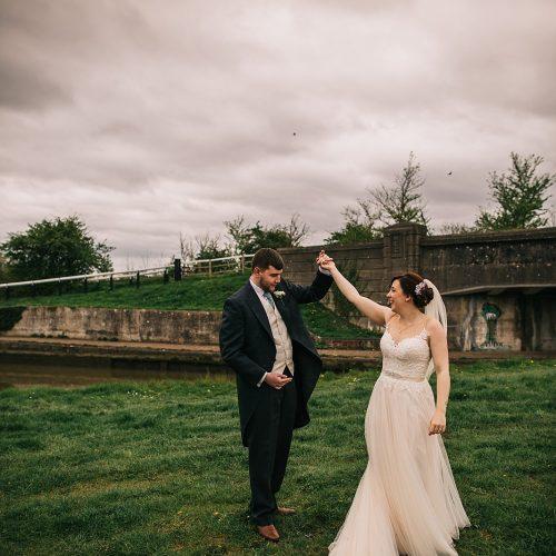 grace-josh-wedding-blisworth-the walnut-tree-inn-407