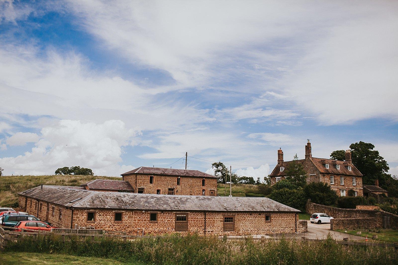 granary-at-fawsly-wedding-paula-stephen-014