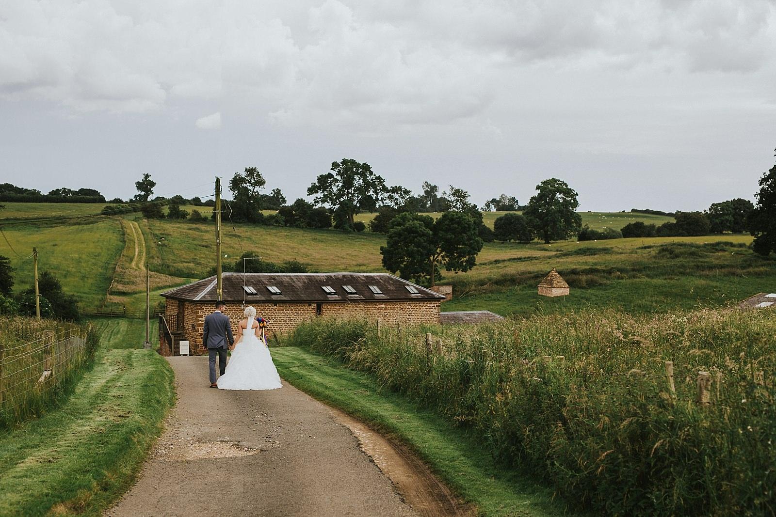 granary-at-fawsly-wedding-paula-stephen-417