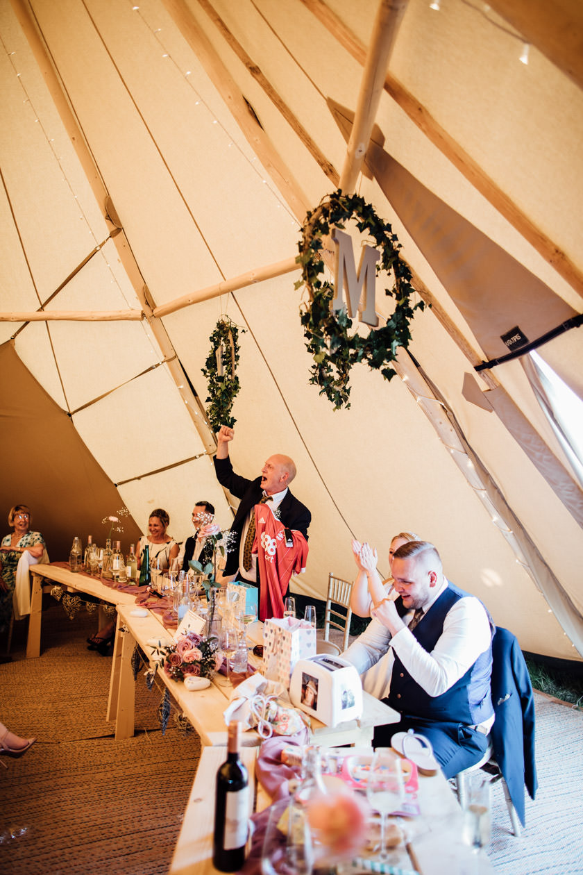 kirsty-michael-pytchley-tipi-wedding-542