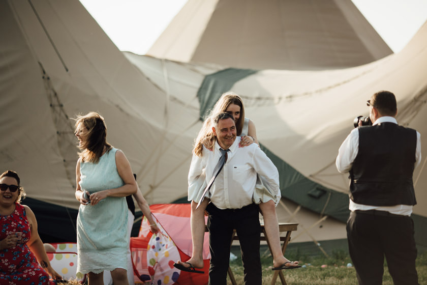 kirsty-michael-pytchley-tipi-wedding-629