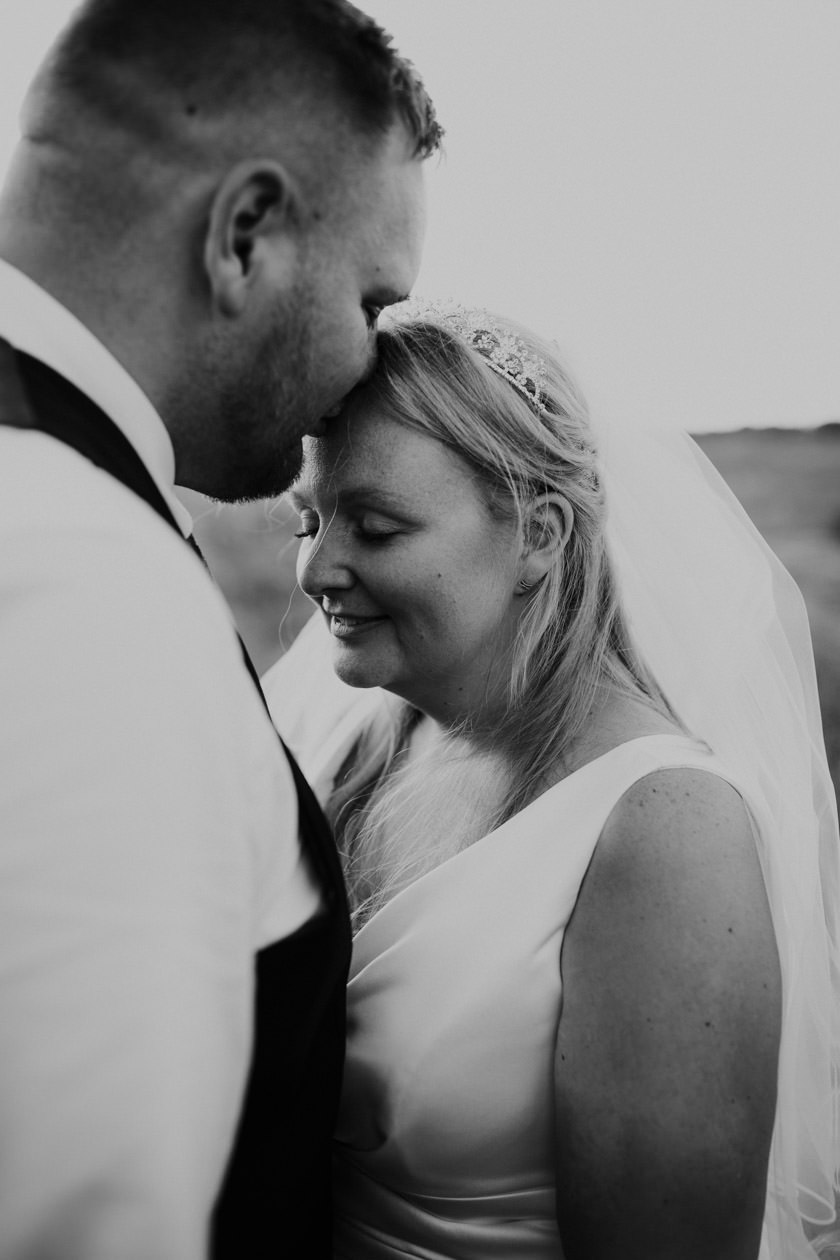 kirsty-michael-pytchley-tipi-wedding-746