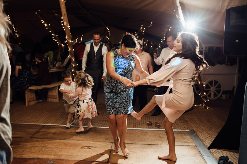 kirsty-michael-pytchley-tipi-wedding-805
